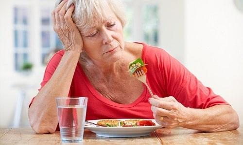 Применение разовой дозы медикамента осуществляется во время употребления пищи